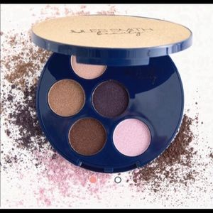 🆕Jules Smith Beauty /Power 5 Shadow Power Palette